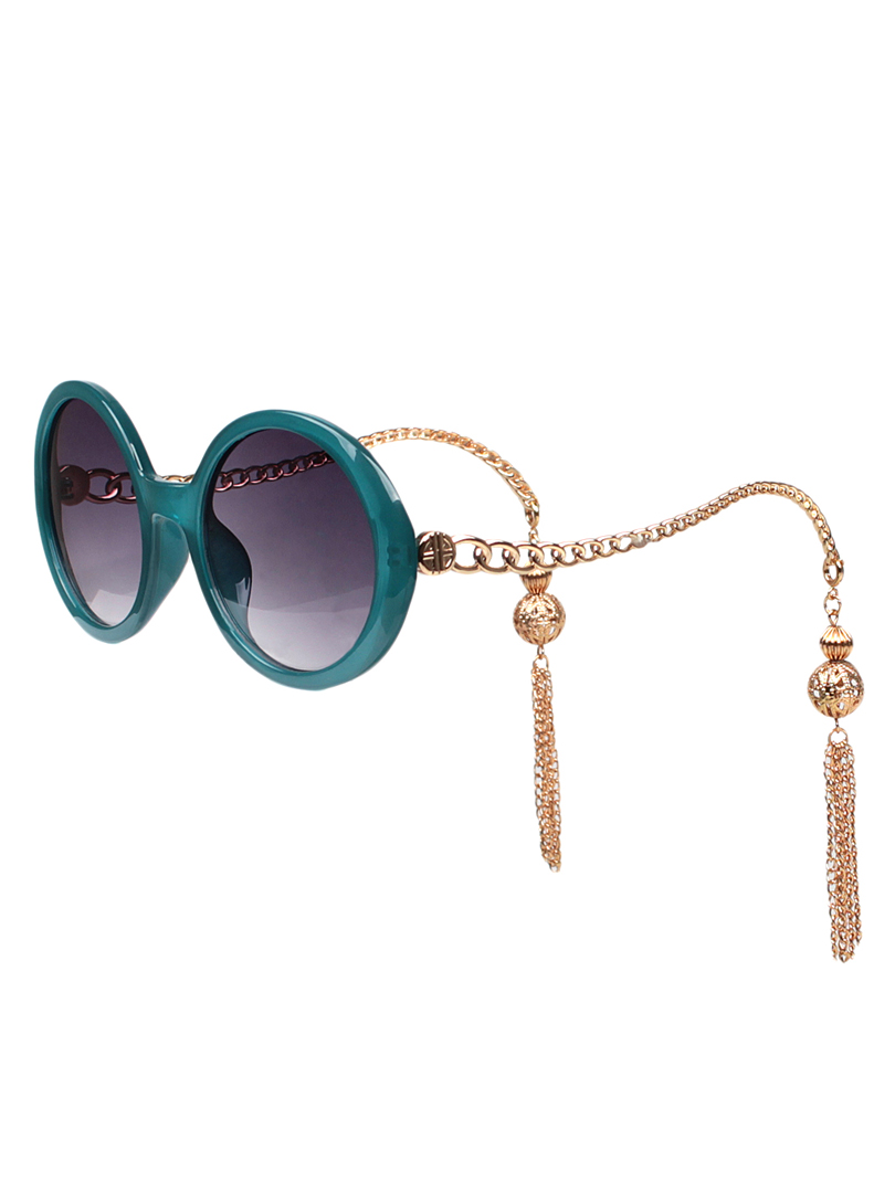 Chain-Fringe-Sunglasses5 12 Most Unusual Sunglasses Ever