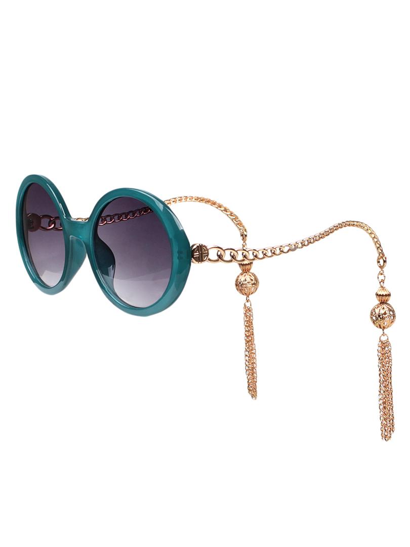 Chain-Fringe-Sunglasses5 12 Unusual Sunglasses trends in 2018