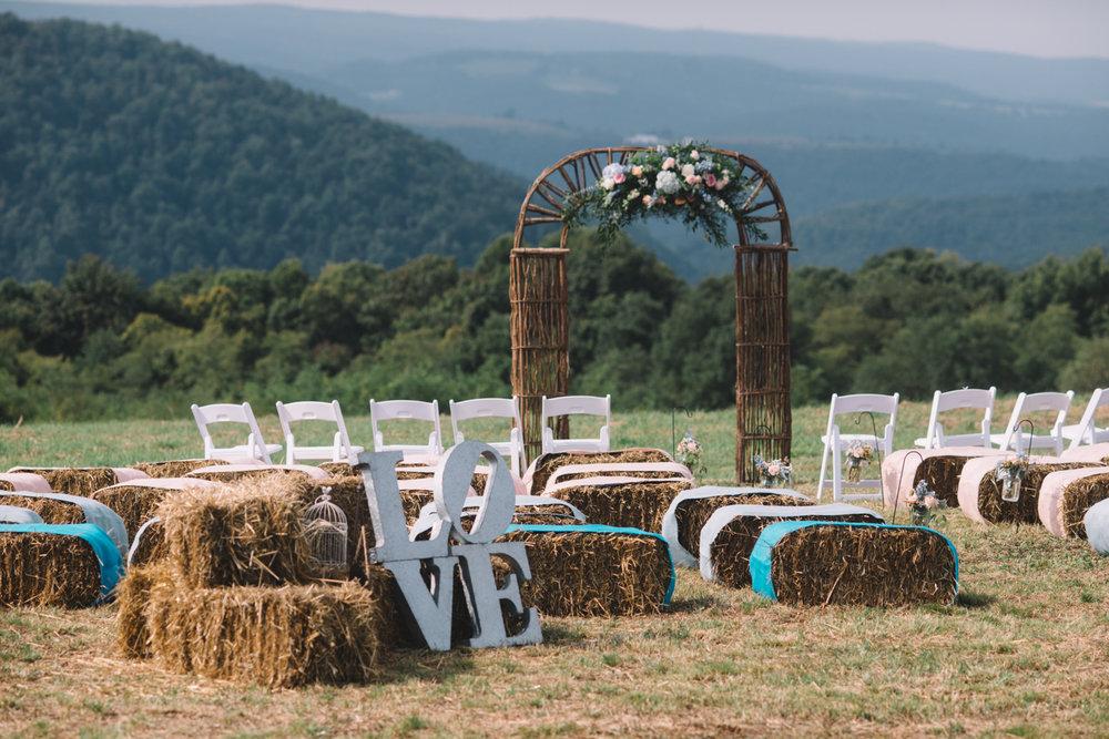 Create-Hay-Grass3 10 Hottest Outdoor Wedding Ideas in 2020