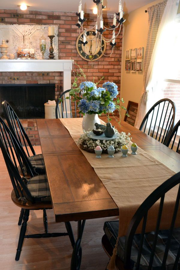Dine-like-you-are-in-a-farmhouse6 +15 Best Luxurious and Modern Dining Room Design for 2017