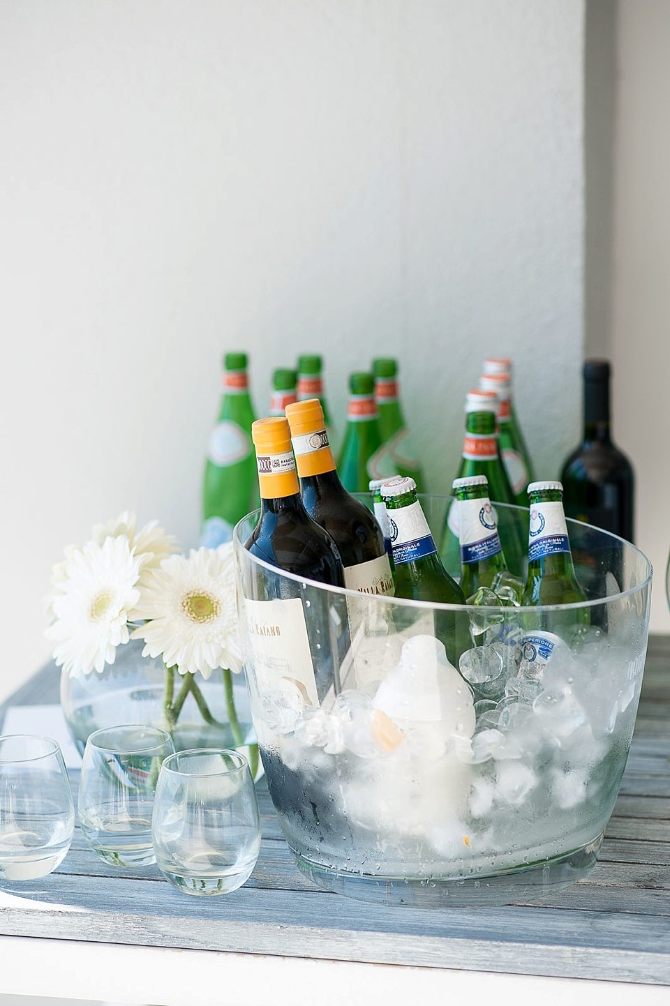 Drink-Coolers1 10 Hottest Outdoor Wedding Ideas in 2020