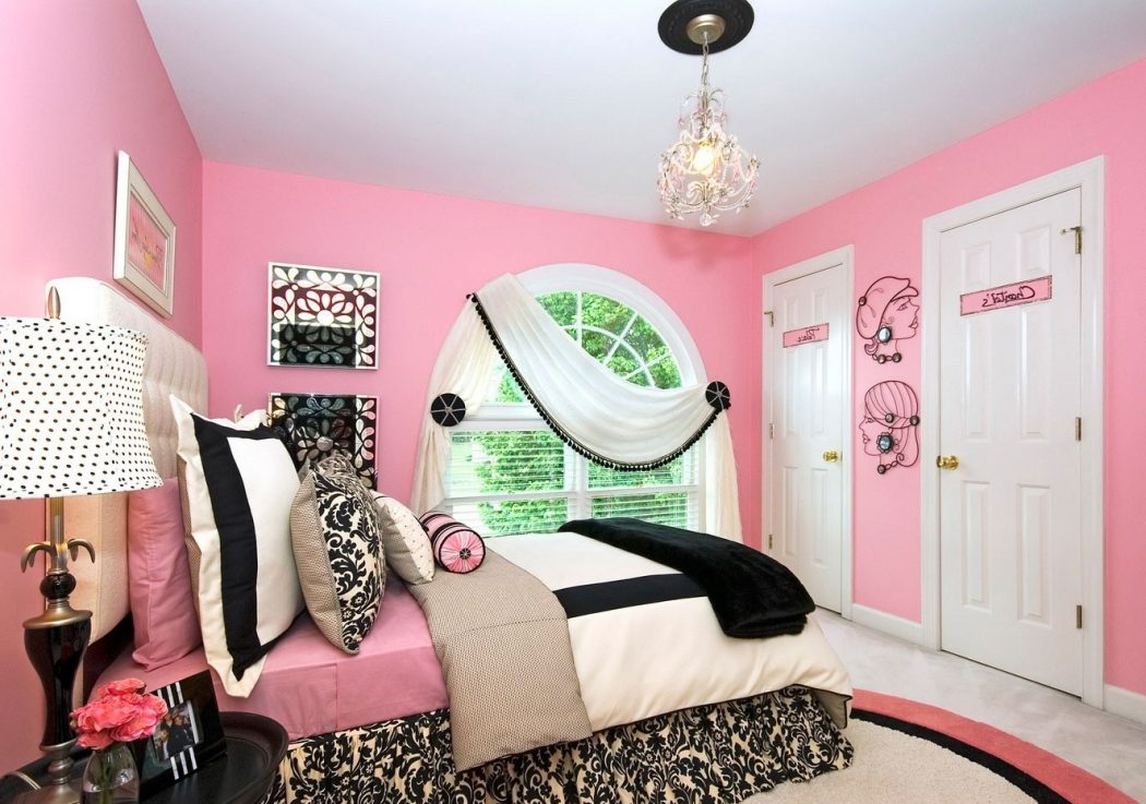 Elegant-Accessories6 Top 5 Girls' Bedroom Decoration Ideas in 2018