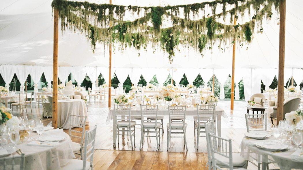 Floral-Theme5 10 Best Outdoor Wedding Ideas in 2017