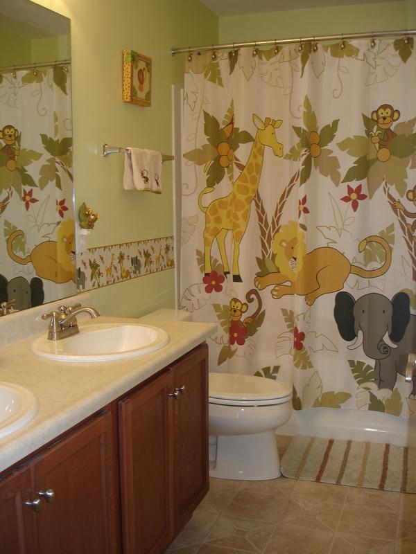 Jungle-bathroom2 5 Bathroom Designs of kids' Dreams