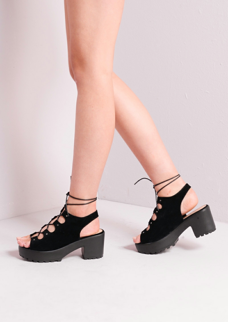 Laced-up-and-Bound1 Hot 7 Summer/Spring Shoe Designs that Every Woman Dreams of