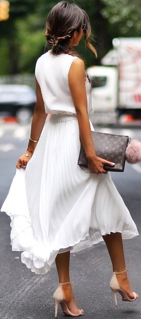 Long-Dresses4.jpg.crdownload 20+ White Party Outfits Ideas for Women in 2018