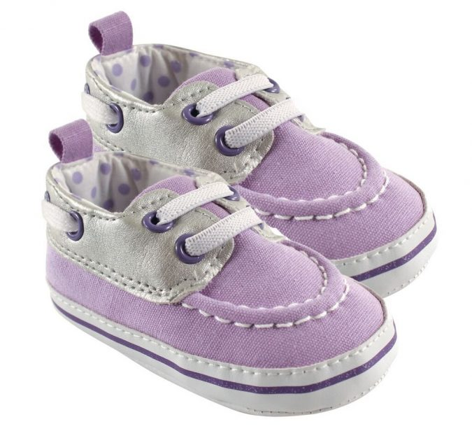 Luvable-friends-baby-sneakers-675x616 20+ Adorable Baby Girls Shoes Fashion for 2020