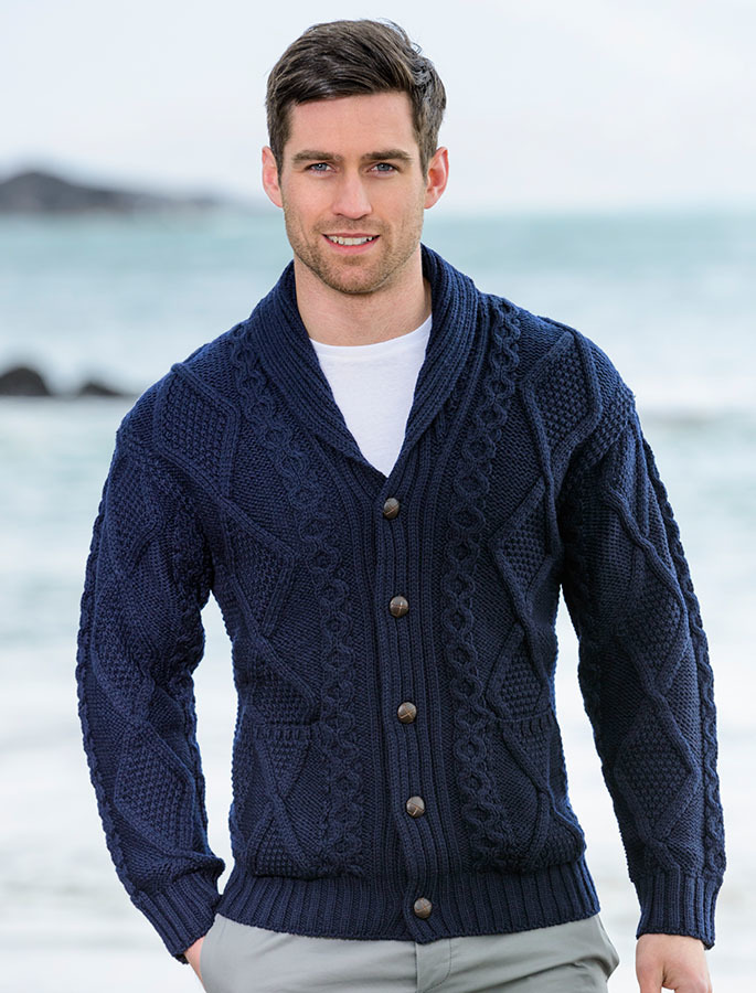 Neck-Cardigans4 25+ Winter Fashion Trends for Handsome Men in 2018