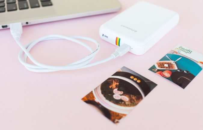 Polaroid-Zip-Instant-Mobile-Printer-675x433 7 Stellar Christmas Gifts for Your Woman