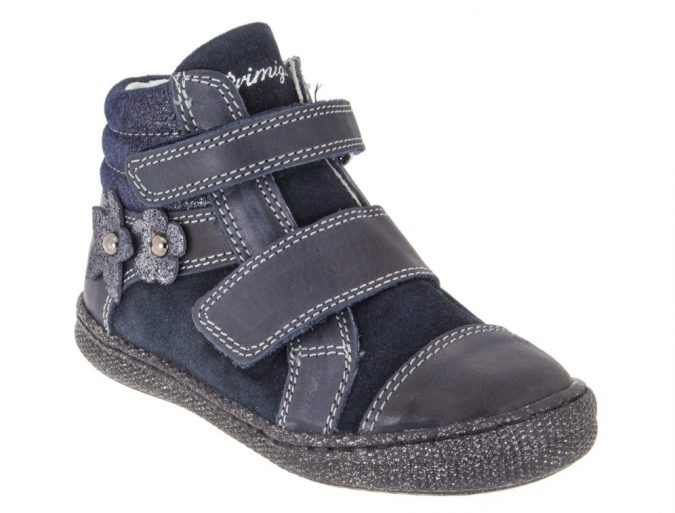 Primigi-fall-wenter-collection-2016-2017-12-blue-sneakers-675x513 20+ Adorable Baby Girls Shoes Fashion for 2020