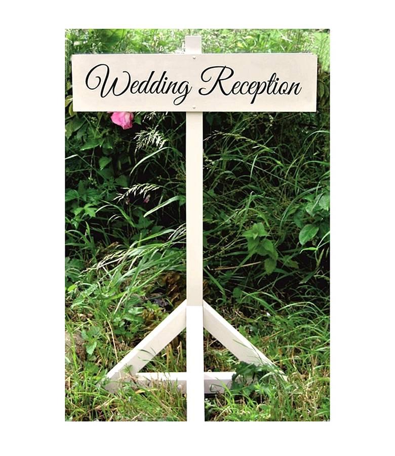 Signposts2 10 Hottest Outdoor Wedding Ideas in 2020