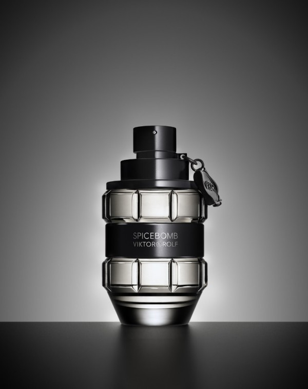 Spicebomb-Viktor-Rolf-for-men 21 Best Fall & Winter Fragrances for Men
