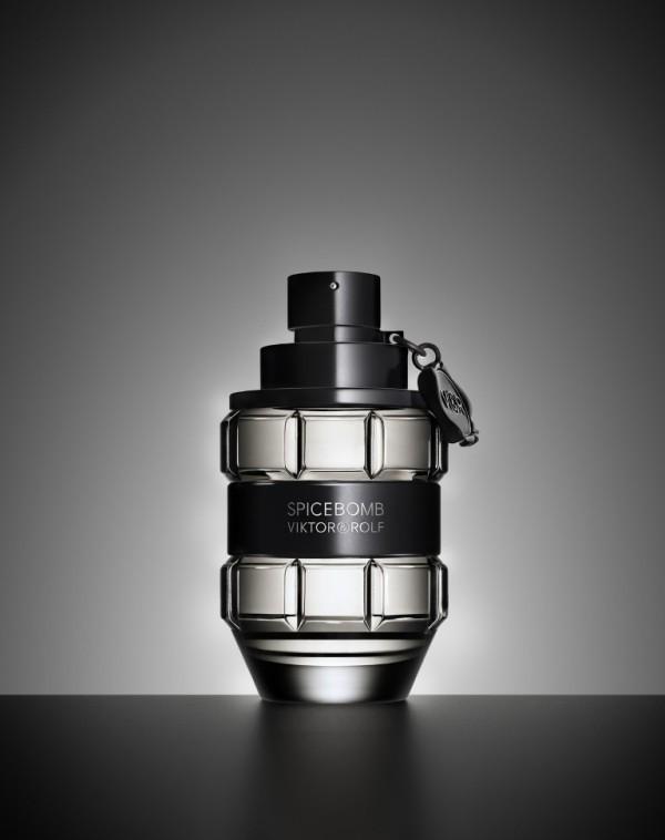 Spicebomb-Viktor-Rolf-for-men 21 Best Fall & Winter Fragrances for Men