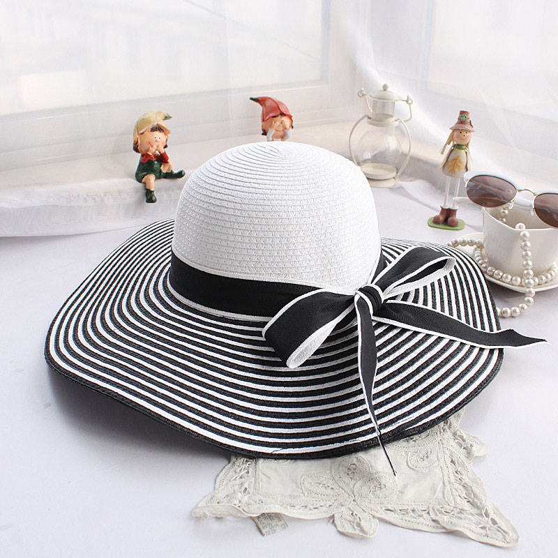 Striped-Straw-Hats4 10 Women's Hat Trends For Summer 2018