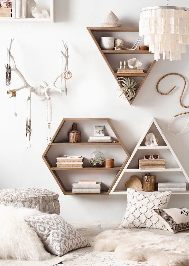 The-Effect-Of-Shelvings2 Top 5 Girls' Bedroom Decoration Ideas in 2018