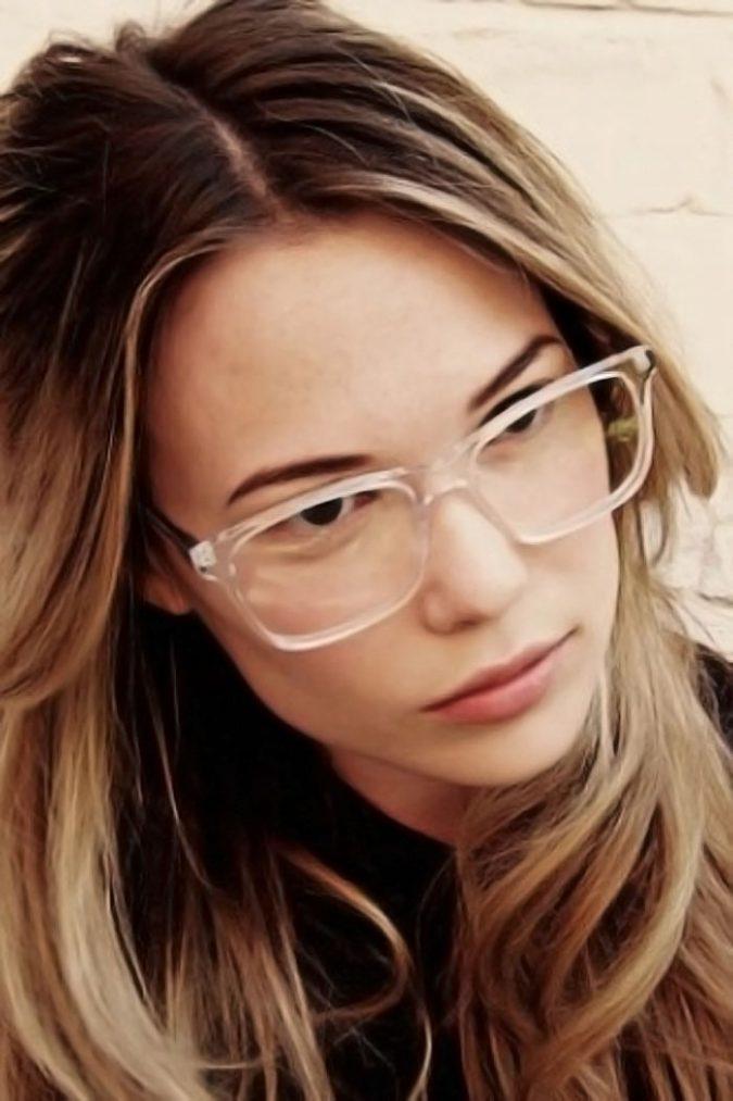 Transparent-Glasses-Frames-17-675x1013 20+ Best Eyewear Trends for Men and Women