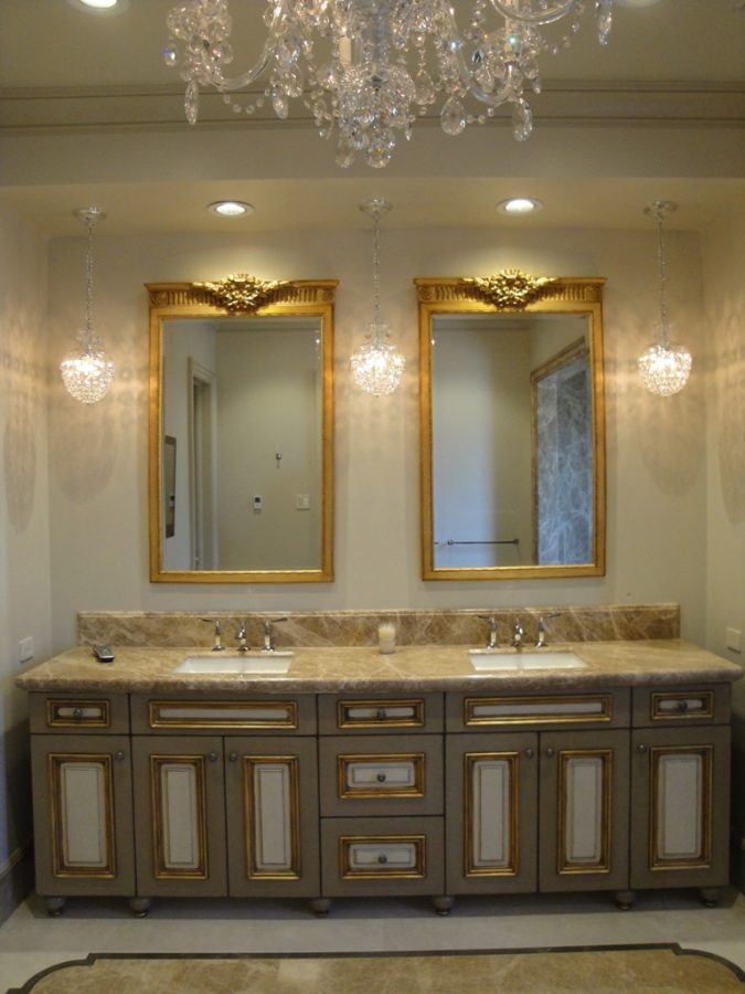 Vanity-bathroom-mirrors2-675x900 14 Smoking Hot Trends in 2017 Revealed by Interior Designers