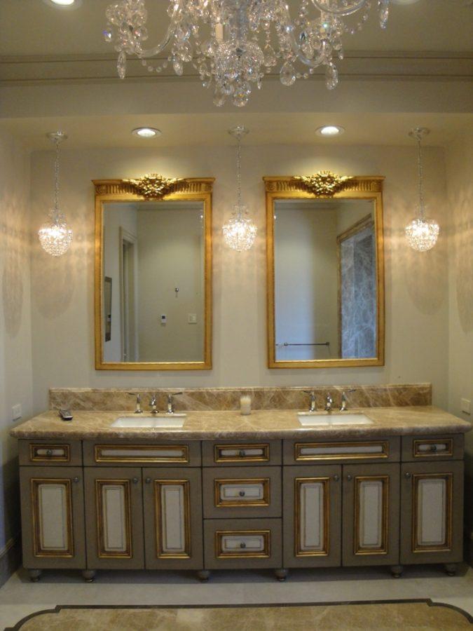 Vanity-bathroom-mirrors2-675x900 14 Hottest Interior Designers Trends in 2020
