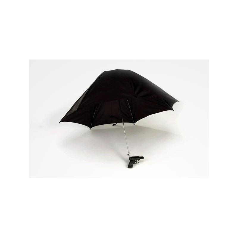 Water-Gun-Umbrella2 15 Unusual Umbrellas Design Trends in 2018