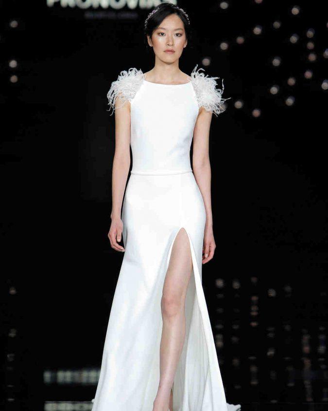 atelier-pronovias-spring2017-015_vert-675x844 +25 Wedding dresses Design Ideas for a Gorgeous-looking Bride in 2020
