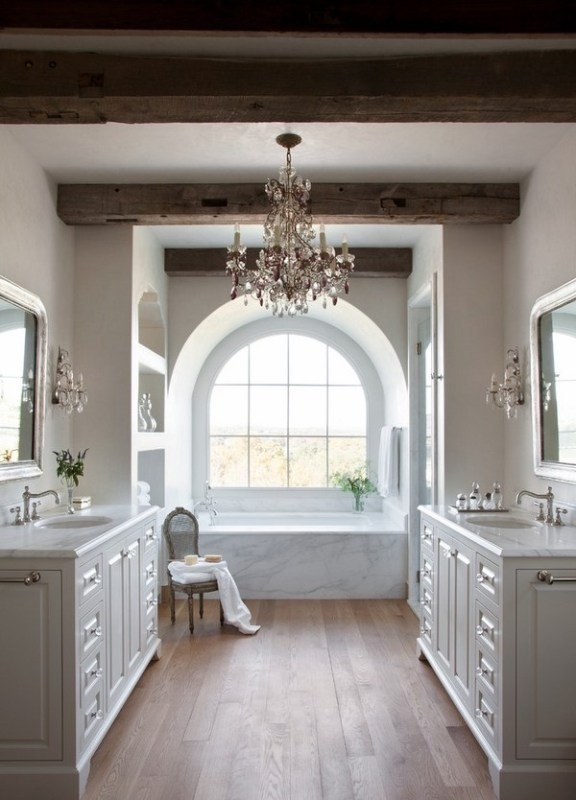 ceiling-beams-3 15 Newest Home Decoration Trends You Have to Know for 2018