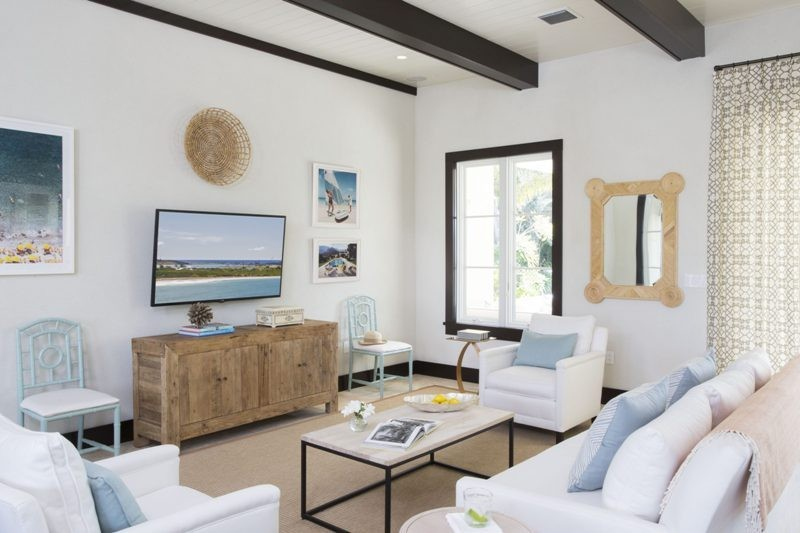 ceiling-beams-9 15 Newest Home Decoration Trends You Have to Know for 2017