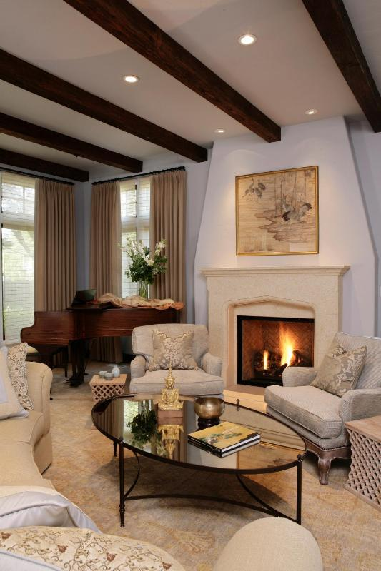 ceiling-beams 15 Newest Home Decoration Trends You Have to Know for 2020