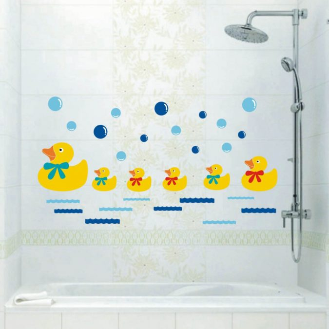 duck-bathroom2-675x675 5 Bathroom Designs of kids' Dreams