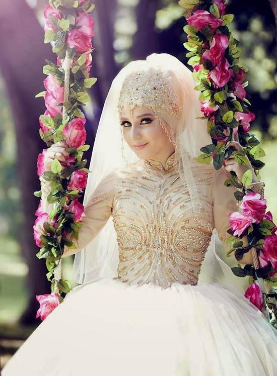 img_1470843897_408 5 Stylish Muslim Wedding Dresses Trends for 2020
