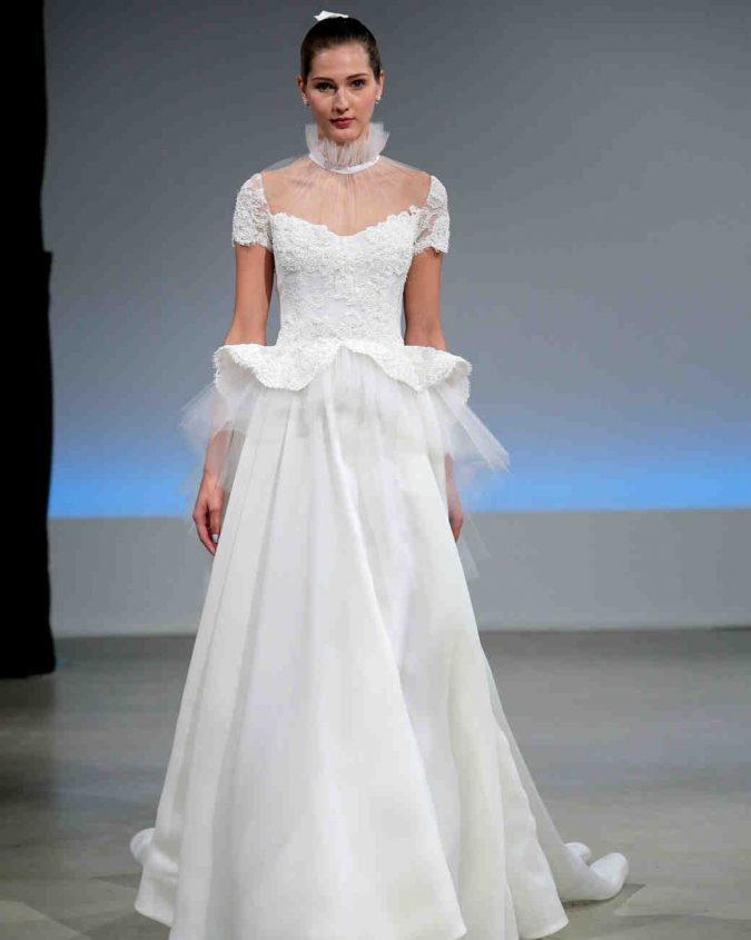 isabelle-armstrong-wedding-dress-fall2017-675x845 +25 Wedding dresses Design Ideas for a Gorgeous-looking Bride in 2020
