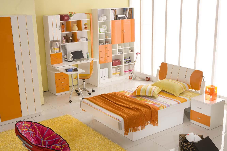 loving-orange-bedroom-orange-bedroom 25+ Elegant Orange Bedroom Decor Ideas
