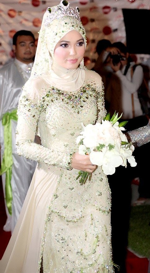 maxresdefault 5 Stylish Muslim Wedding Dresses Trends for 2020