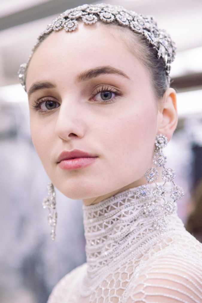 naeem-khan-bridal-accessories2-675x1012 Top 10 Best Eyelash Products Worth Trying in 2019