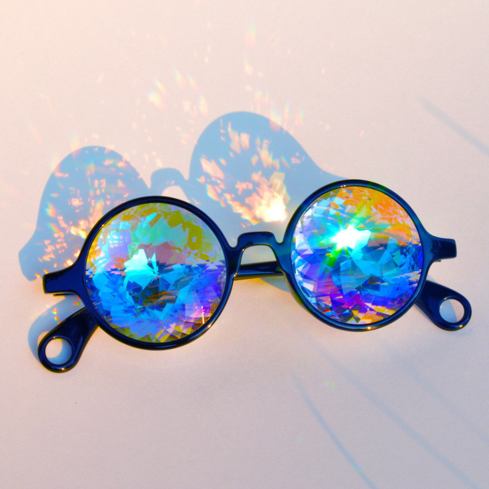 raver-sunglasses3 5 Hottest Spring & Summer Accessories Fashion Trends in 2020