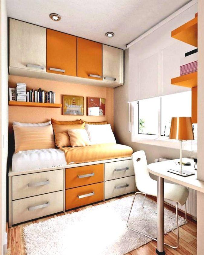 small-orange-bedroom3-675x844 25+ Elegant Orange Bedroom Decor Ideas