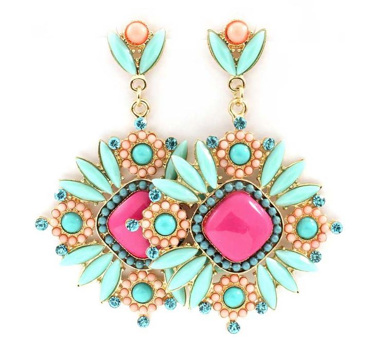 statement-earrings4 5 Spring & Summer Accessories Fashion Trends in 2018