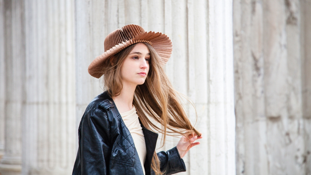 teenage-girls-outfits 11 Tips on Mixing Antique and Modern Décor Styles