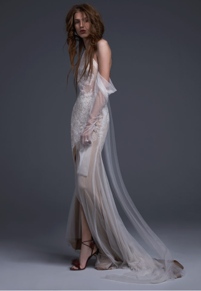 wedding-dress-Vera-Wang +25 Wedding dresses Design Ideas for a Gorgeous-looking Bride in 2020