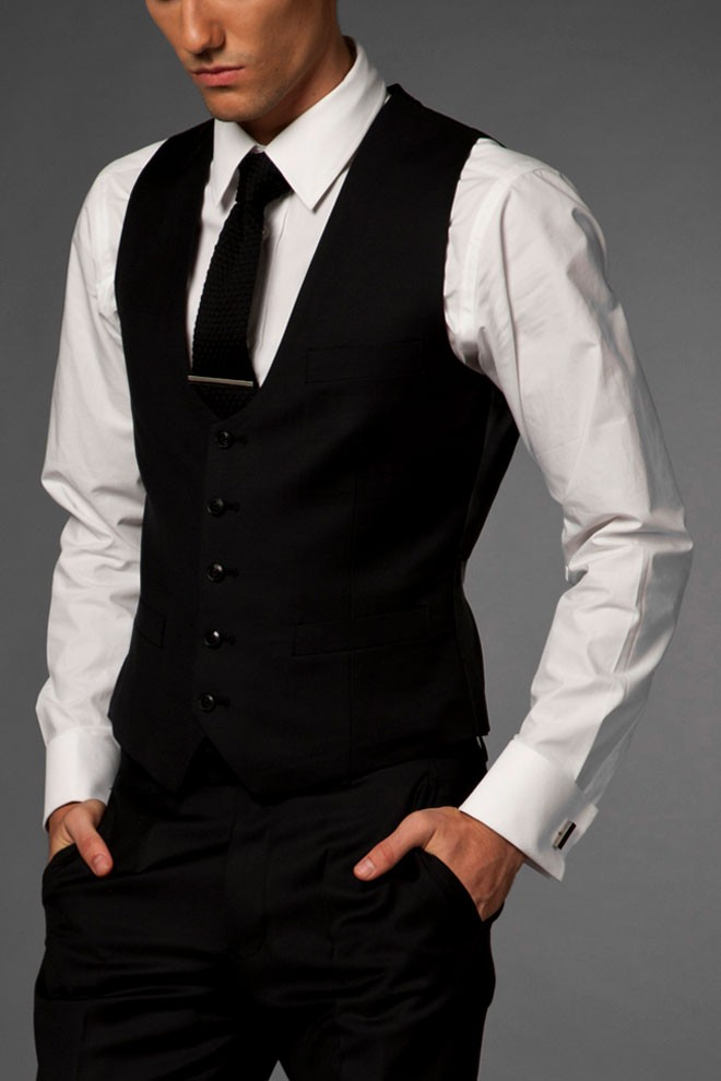 1334679796.1475228461.primary.original 14 Splendid Wedding Outfits for Guys in 2020