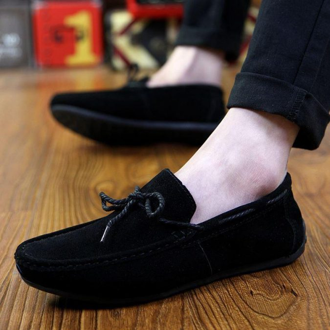 A-pair-of-slippers-675x675 10 Most Stylish Outfits for Guys in Summer 2020