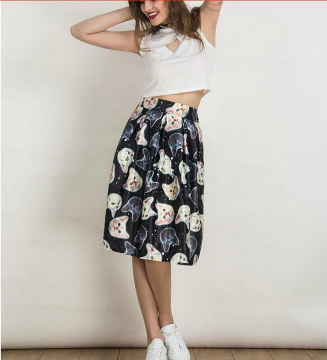 Animal-Print-Skirt2-675x743 +40 Elegant Teenage Girls Summer Outfits Ideas in 2021