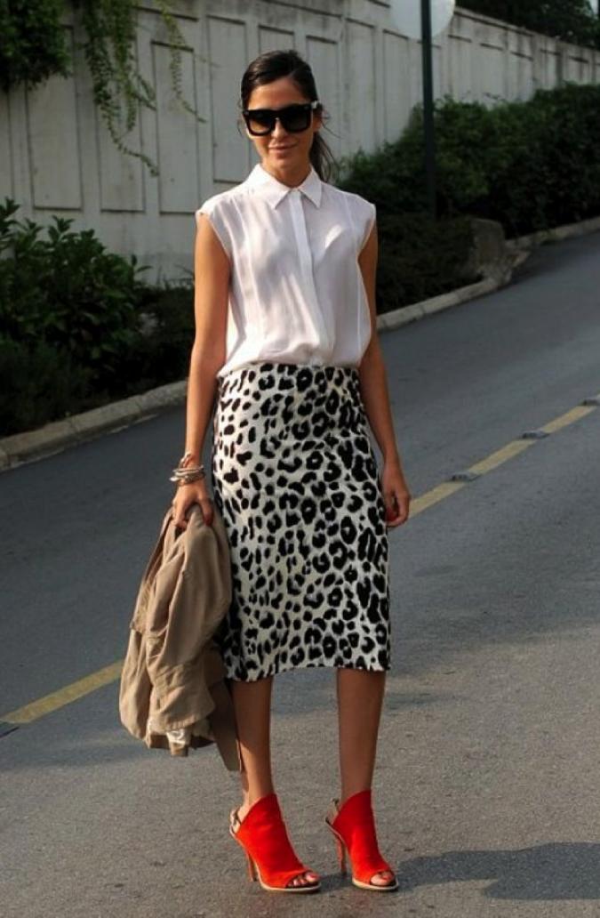 Animal-Print-Skirt3-675x1032 +40 Elegant Teenage Girls Summer Outfits Ideas in 2021
