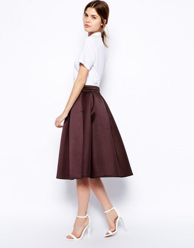 Bonded-skirt2-675x861 Three Accessories That Brides Shouldn't Skip