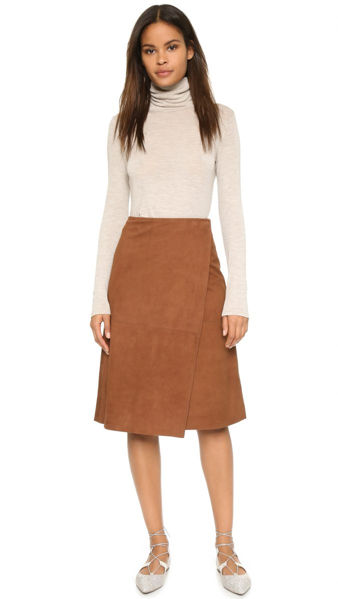 Bonded-skirt4-675x1197 18 Work Outfits Every Working Woman Should Have
