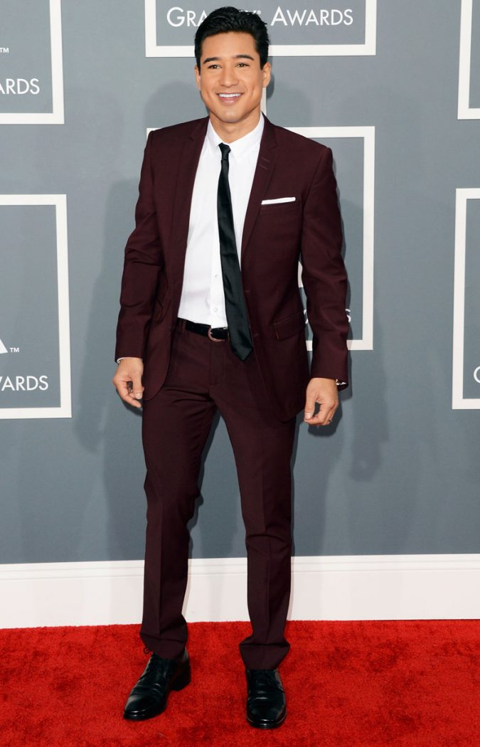 Burgundy-Suit-675x1050 14 Splendid Wedding Outfits for Guys in 2017