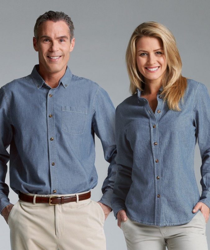 Chambray-shirts-675x804 6 Fabulous Outfits for Women Over 40