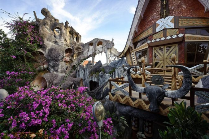 Crazy-House-Vietnam2-675x449 15 Most Creative Building Designs in The World in 2018
