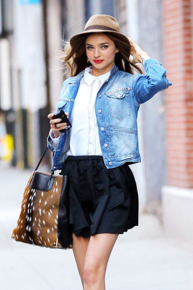 Denim-Jackets-for-Street-Style-675x1013 +40 Elegant Teenage Girls Summer Outfits Ideas in 2020