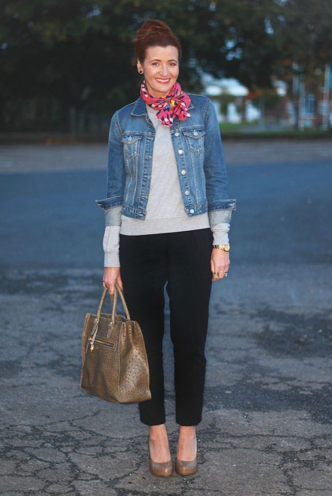 Denim-jacket2-675x1009 6 Fabulous Outfits for Women Over 40