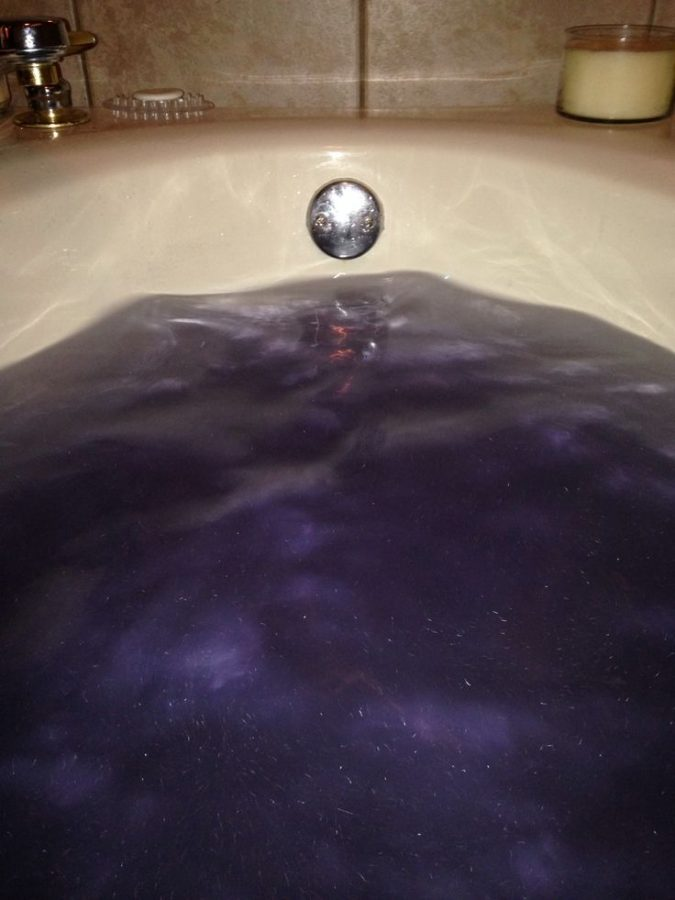 Galaxy-bath-bomb5-675x900 4 Most Creative DIY Bath Bombs